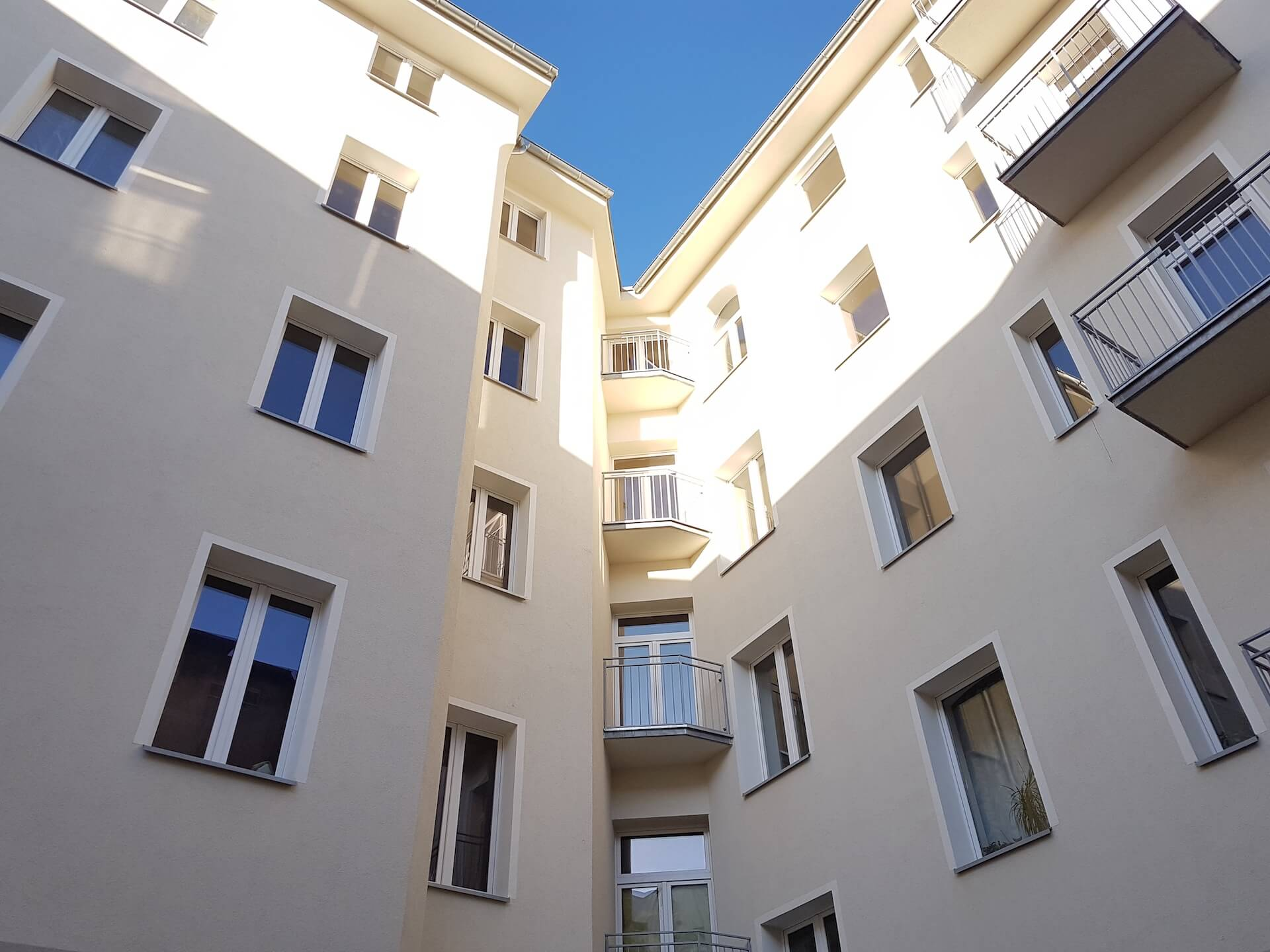 tył balkony-mini
